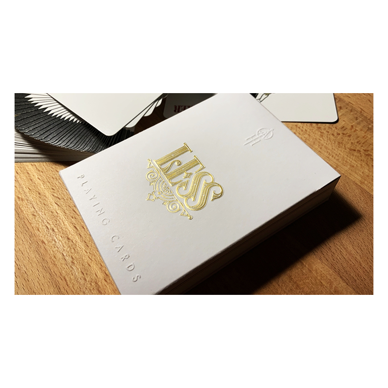 Less Playing Cards (Gold) by Lotrek wwww.jeux2cartes.fr