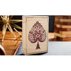 Papercuts: Intricate Hand-cut Playing Cards by Suzy Taylor wwww.jeux2cartes.fr