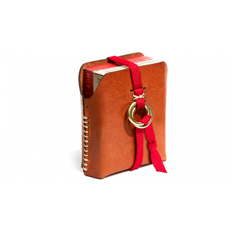 Double Leather Card Case (Includes 2 Decks of Playing Cards) wwww.jeux2cartes.fr